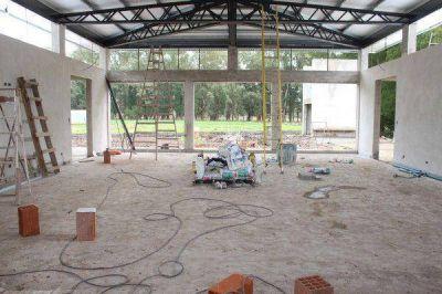 Intenso avance en la obra de residencias de la Escuela Agraria Nicanor Ezeyza