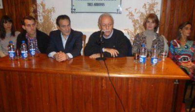 El diputado �Cuto� Moreno sorprendi� al anunciar su retiro de la pol�tica