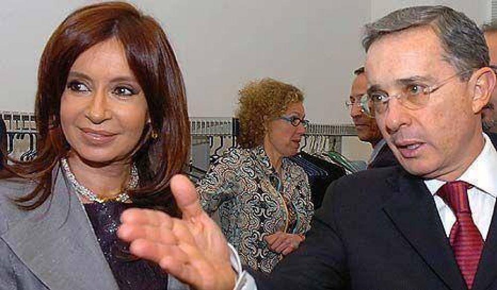 Uribe viene a explicar la apertura de más bases de EE.UU. en Colombia