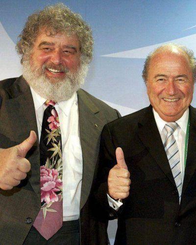 FIFA expulsó de por vida al