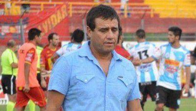 Saucedo dirigirá con Santamarina y se despide como DT de Boca Unidos