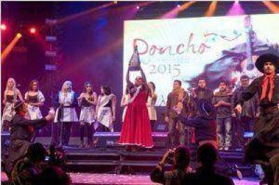 Con una colorida inauguración comenzó la Fiesta del Poncho