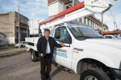 Inauguraron semáforos y presentó la nueva flota de vehículos para el área de Alumbrado Público