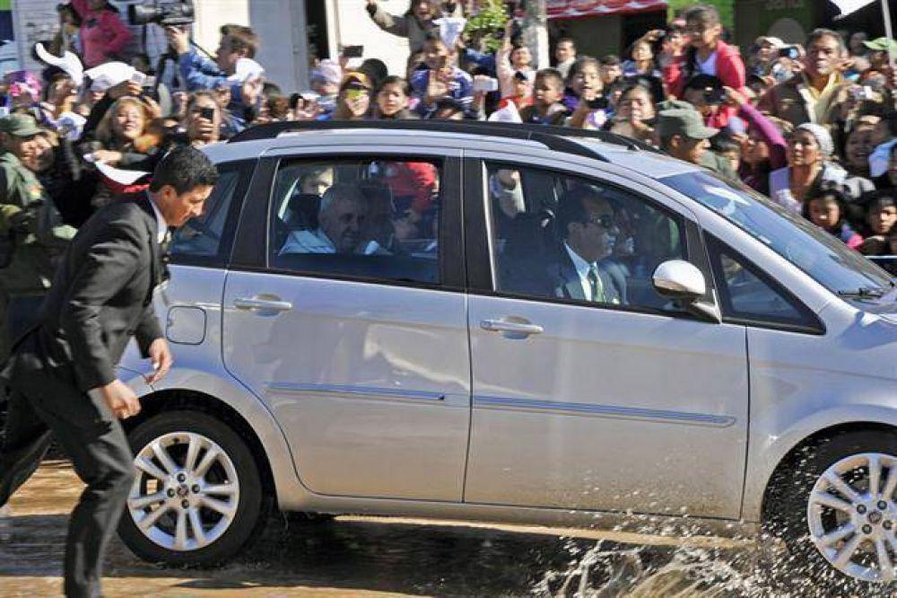 El papa Francisco, en la cárcel más violenta de Bolivia: