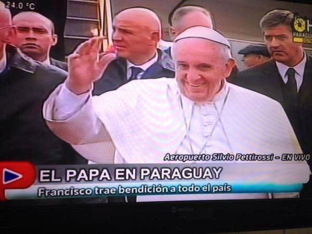 Llegó Francisco y marca un hito histórico en Paraguay