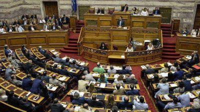 El Parlamento griego aprob� el plan de rescate elaborado por el gobierno de Tsipras