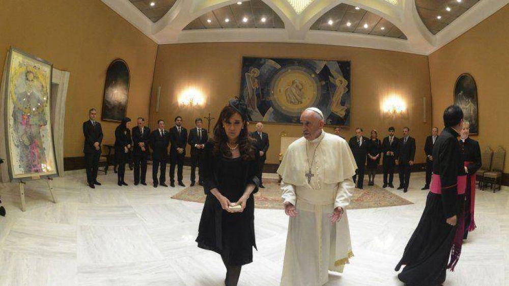 Cristina Kirchner viaja a Paraguay, donde se reunirá por sexta vez con el papa Francisco