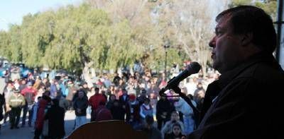 Weretilneck encabezó los festejos por el 110º Aniversario de San Antonio Oeste