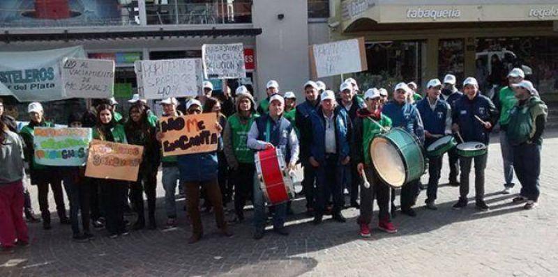 Pasteleros realizar�n protestas ante Mac Donald�s y Burger King