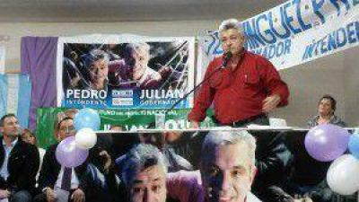 Néstor Rodríguez y Diego Fernández que abrevan en Julián Domínguez respaldaron a Pedro Roig