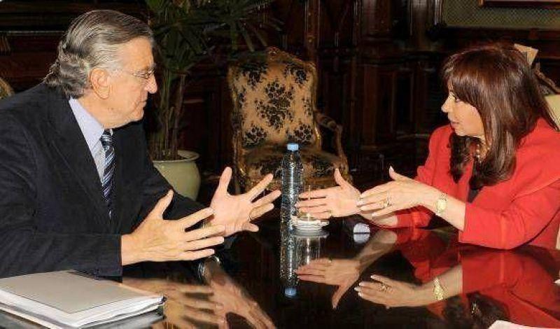 Gioja se entrevistó formalmente con la Presidenta. Impulsó Agua Negra y el Solar San Juan.