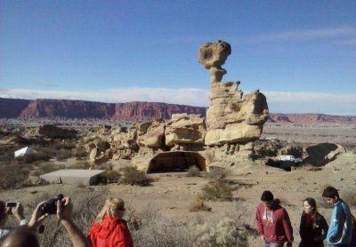 Este es el nuevo paisaje con el que se encontraron los turistas en el Valle de la Luna