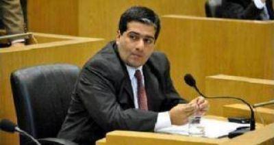 Roberto Ávila salió al cruce de las declaraciones de Santiago Cano