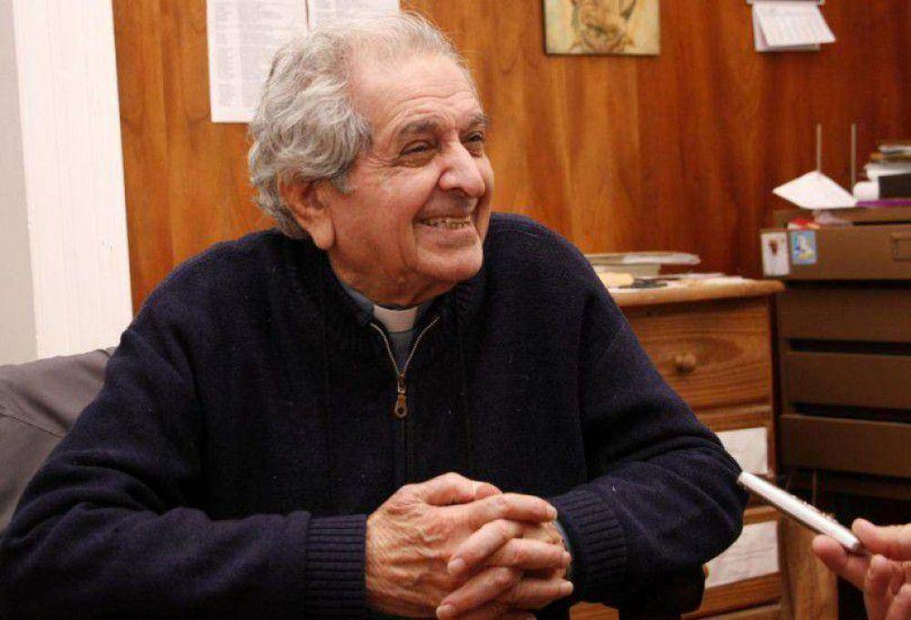 El Papa invitó al padre Raúl Troncoso a una audiencia privada en el Vaticano