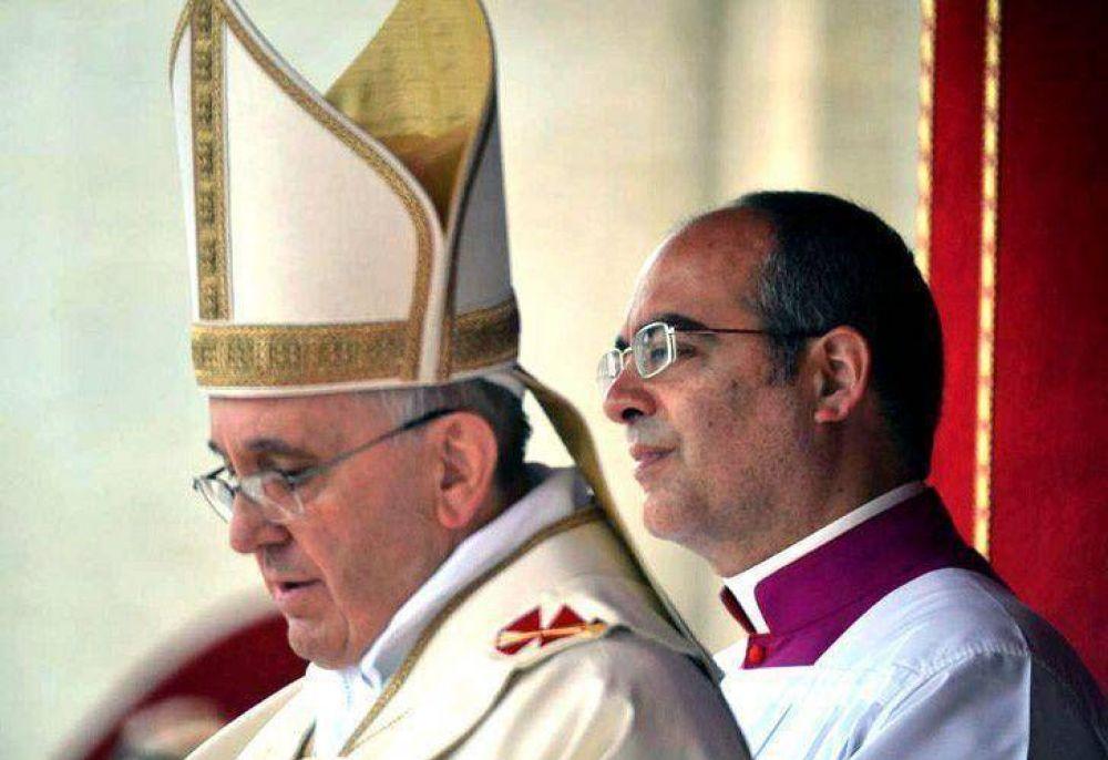 El Vaticano aclaró los dichos del Papa sobre ideología y dictadura