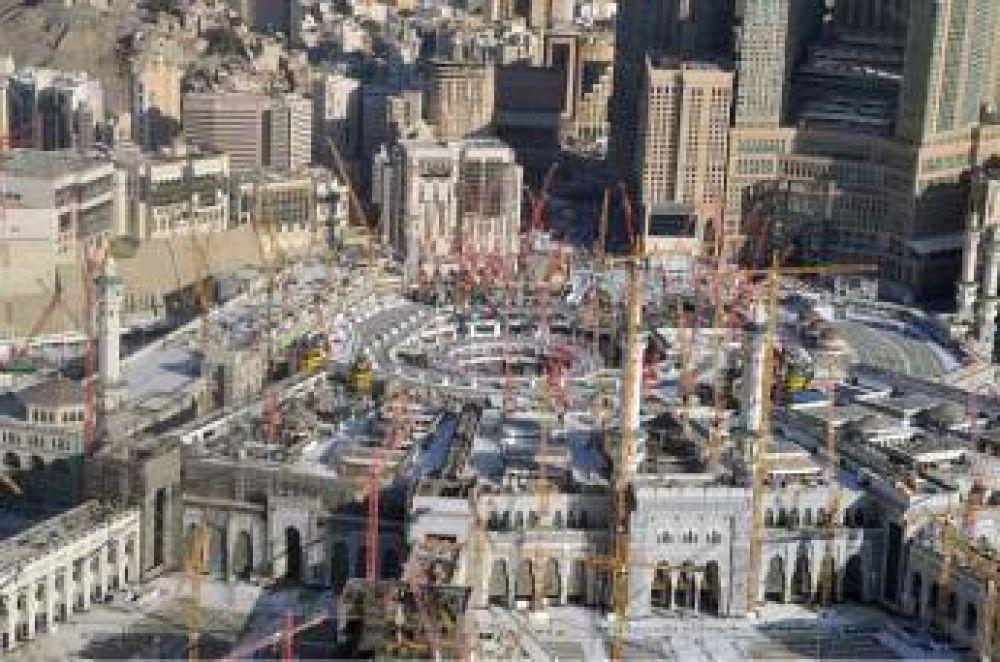 Presentan proyectos de expansión de mezquita de la Meca