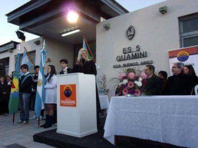 Nora De Lucía anunció dos escuelas técnicas y un Centro de Educación Agraria en Guaminí