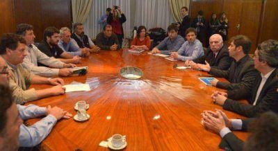 Kicillof acord� nuevas medidas con Federaci�n Agraria y logr� partir la protesta del campo