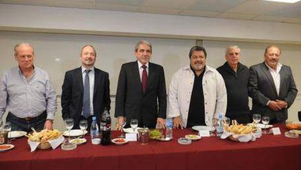 Apoyo de sindicalistas a la precandidatura de Aníbal