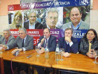 """""""Totito"""" González presentó su lista del Frente Progresista en Munro"""