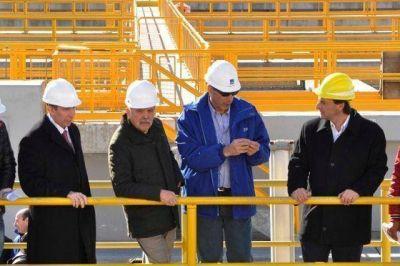 De Vido y Szpolski recorrieron la planta potabilizadora de AYSA en Dique Luján