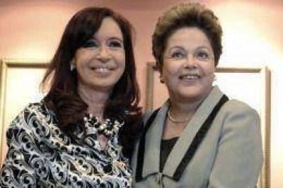 Cristina participa de la Cumbre del Mercosur y se reúne con Dilma