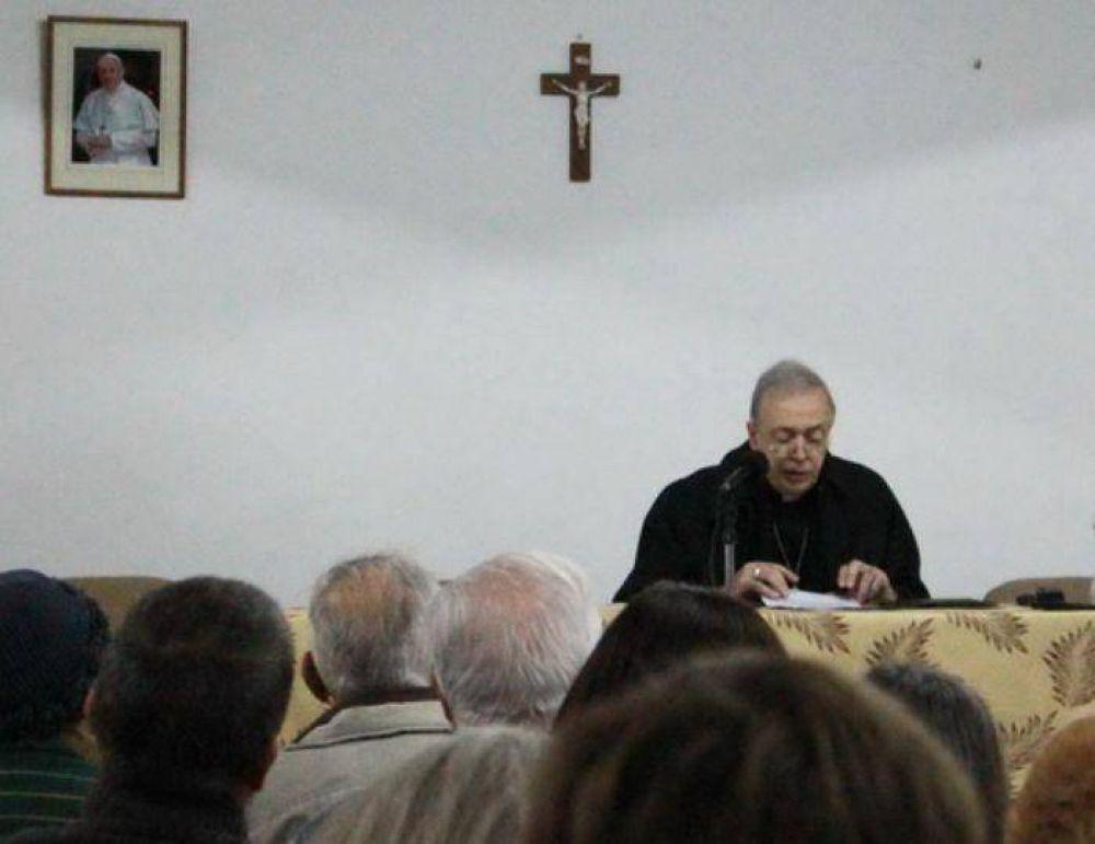 Un panel interdisciplinario presentó claves para reflexionar la encíclica Laudato Si'