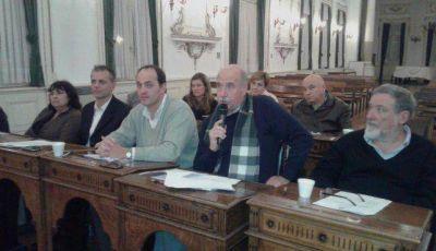 Concejo: rechazo y cruces por obras de cordón cuneta