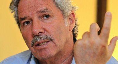 Elecciones 2015: Felipe Solá llega a San Pedro