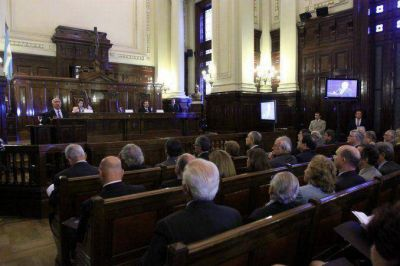 La Corte frenó la citación del Congreso a Cablevisión por las cuentas en Suiza