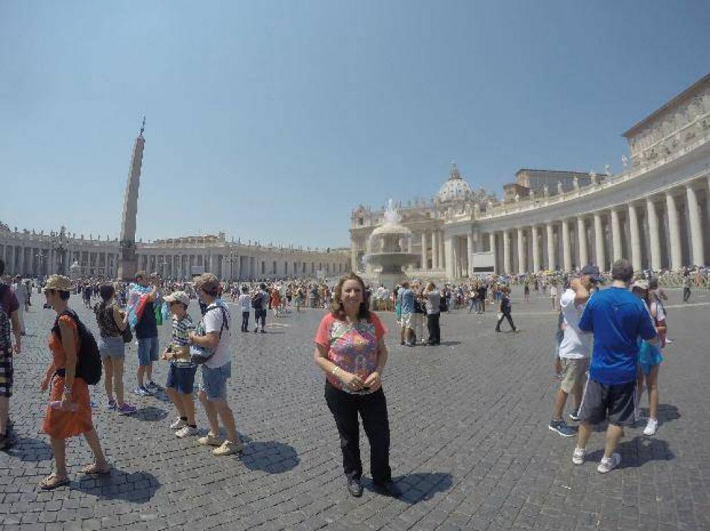 La intendenta Mónica Fein vive la previa de su disertación frente al Papa