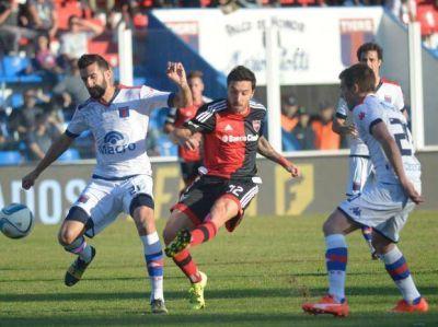 Newell's quedó entre lo ideal y lo real tras empatar sin goles con Tigre