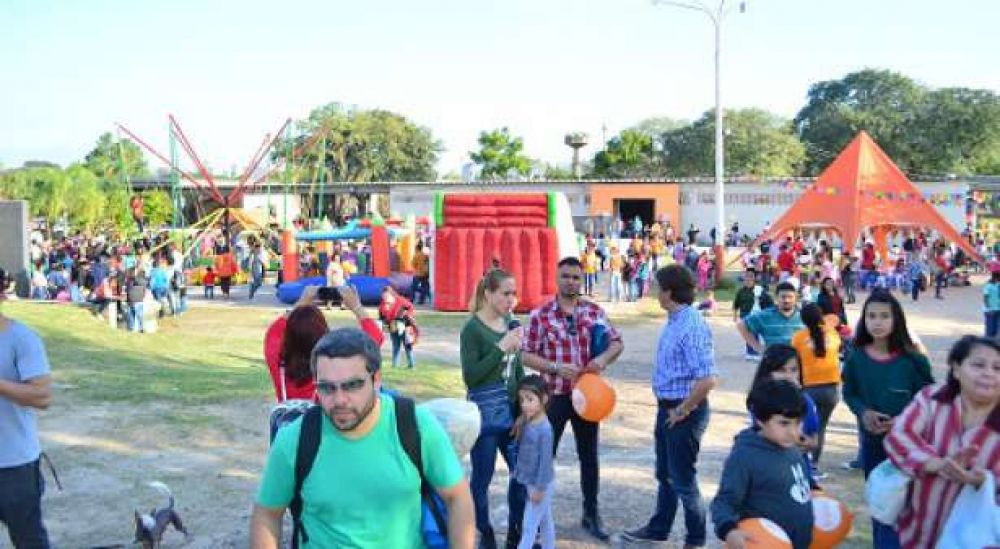 Cientos de personas disfrutaron en el Domo del Centenario
