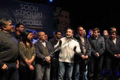 Szpolski presentó su lista a intendente con Scioli en Tigre