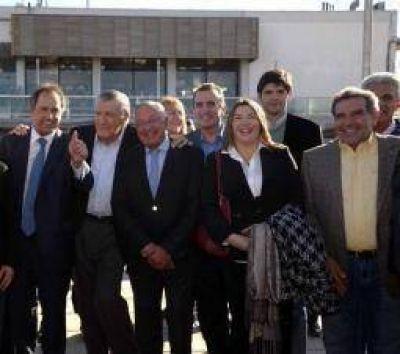 Beder y Casas junto a Daniel Scioli en cumbre pro minería responsable