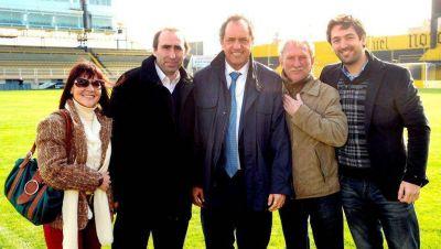 Los integrantes de la lista 6 del FPV se reunieron con el gobernador Daniel Scioli en Bahía Blanca