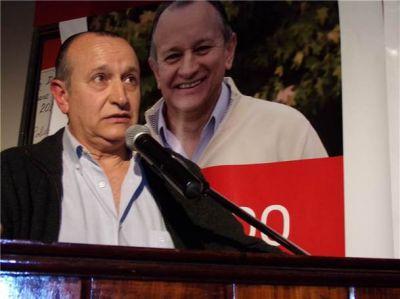 Ricardo Criado lanzó su precandidatura a intendente con un comité UCR lleno