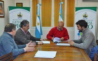El intendente firmó convenio con la Asociación de Arquitectos de La Pampa