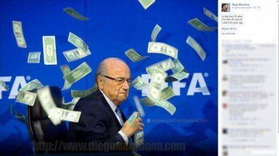 Ni lerdo ni perezoso, Maradona le salió al cruce a Blatter: