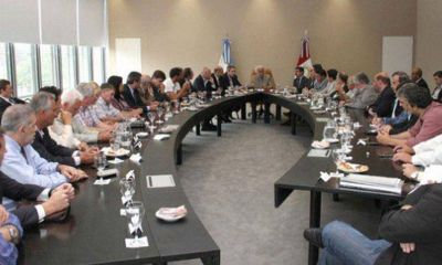 Intendentes pedir�n al ministro Farina reactivar la Mesa Provincia-Municipios