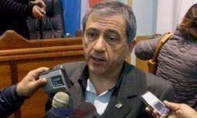 El quintelismo salió al cruce de Alberto Paredes Urquiza