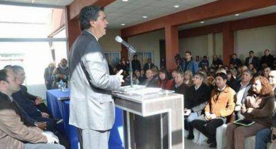 Capitanich aseguró que «la educación es el eje del progreso»