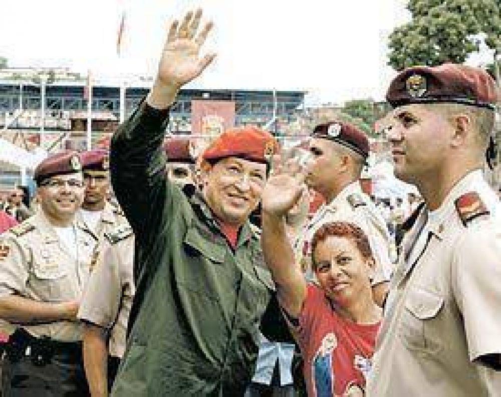 """Chávez: """"Chillan porque estamos democratizando los medios"""""""