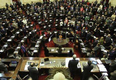 Diputados discutieron por la ley que censura los comentarios en internet