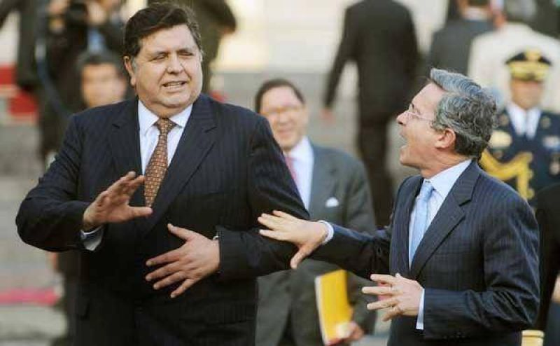Uribe busca disipar la inquietud regional
