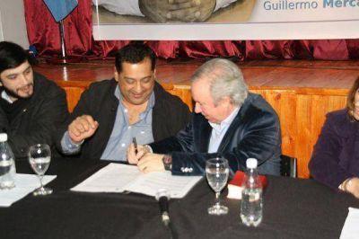 Peralta dijo que acompañará a la Presidenta en Río Gallegos y comparó a Costa con Macri