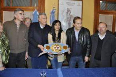 La boxeadora sanjuanina Leonela Yúdica defiende el título mundial mosca de la FIB en San Juan