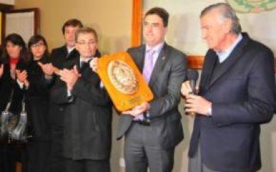 Gioja recibió al Embajador de Suiza