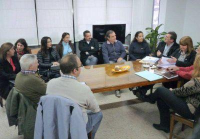 Sin avances en la reunión con el gobierno, los docentes ratificaron los paros