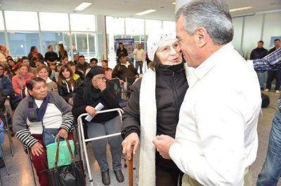 Cariglino entregó subsidios por un monto de 1 millón 250 mil pesos